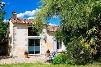 Ruhiges Ferienhaus in Saint-Martin-de-Gurson,...