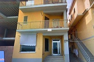 Appartement en bord de mer à Ciro Marina près...