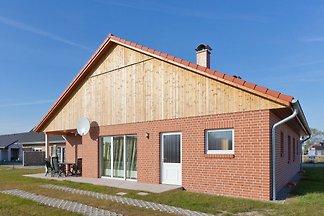 Gemütliches Ferienhaus in Zierow mit Sauna