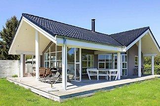 Ruhiges Ferienhaus in Stubbekøbing mit kleine...