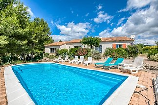 Private villa with swimming pool in beautiful...