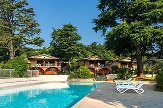 Serene Apartment in Manerba del Garda with...