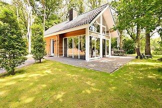 Gemütliches Ferienhaus in Reutum mit Sauna