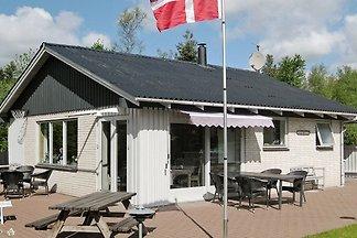 Aussichtsreiches Ferienhaus in Thyholm am...