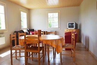 Ruhiges Ferienhaus in Les Vans, Ardeche, mit...