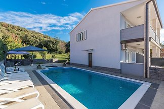 Luxusvilla in Rovinj, nur 150 m vom Meer...