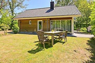 Wunderschönes Ferienhaus mit Sauna in Reutum,...
