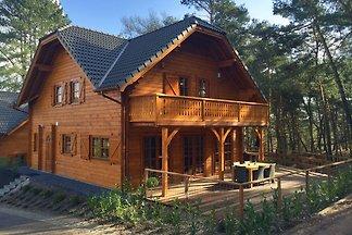 Holzferienhaus mit Geschirrspüler, Nähe...