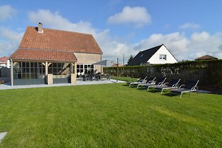 Magnificent Holiday Home in Middelkerke with ...