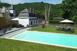 Modernes Landhaus in Hastière-par-Delà mit...