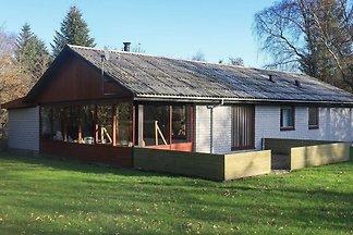 Modernes Ferienhaus in Vesløs mit Terrasse