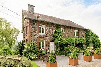 Boutique Cottage mit umzäuntem Garten in Troi...