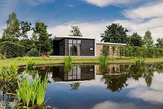 Moderner Bungalow mit schönem Garten, am...
