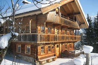 Schönes Bauernhaus mit Garten in Tirol,...