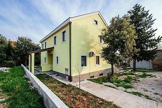Geräumiges Ferienhaus mit großer Terrasse, 2 ...