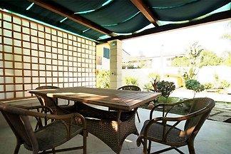 Einfache Wohnung in Reitani in der Nähe von L...