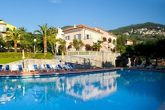 Schönes Apartment mit Balkon oder Terrasse be...