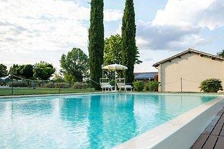 Erstaunliche Wohnung in Papiano mit Patio und...