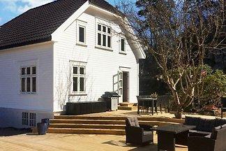 7 Personen Ferienhaus in høvåg