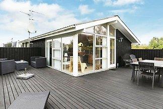 Modernes Ferienhaus in Jütland am Strand