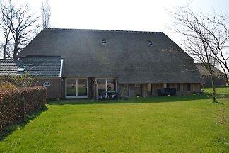 Gemütliches Bauernhaus in Geesteren mit...