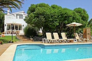 Villa mit Pool, Garten und WIFI 6 km vom Meer...