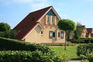 Freistehendes Ferienhaus mit Mikrowelle, umge...