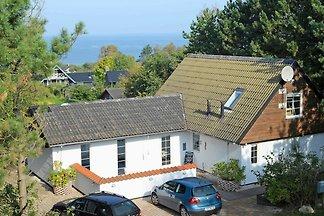 Modernes Ferienhaus mit Lagerfeuer in Allinga...