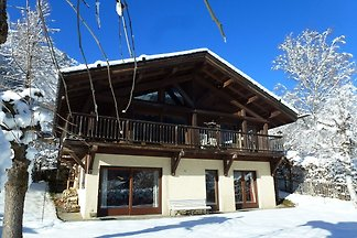 Holzchalet mit Bergblick in Chamonix
