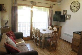Gemütliches Apartment in Châtel mit Balkon