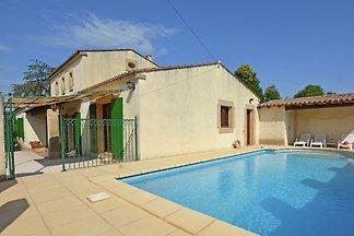 Wunderschöne Villa in Flaux mit Swimmingpool