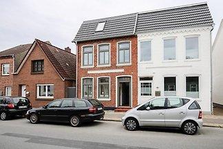 Charmantes Ferienhaus in Stadtlage