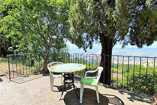 Schönes Ferienhaus in Assisi mit Garten