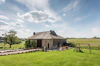 Schöner Bauernhof in Brisy mit Sauna