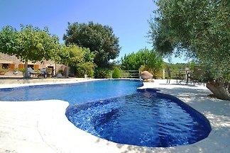 Ruhiges Ferienhaus mit privatem Pool in Alcud...