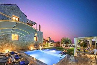 Villa, Kavallos