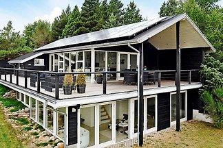 Modernes Ferienhaus in Brovst mit Whirlpool