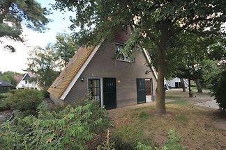 Renoviertes Haus mit Wellness, Stadt Breda 10...