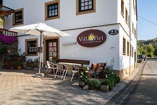 Moderne Ferienwohnung mit Garten in Merschbac...