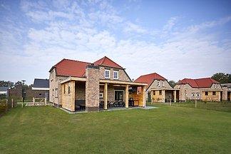 Schöne Villa mit luxuriöser Terrasse, in der ...