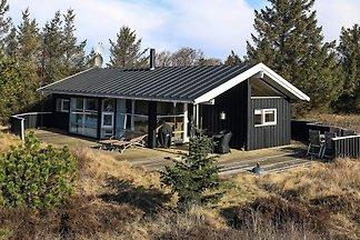 Ruhiges Ferienhaus in Ålbæk mit Sauna