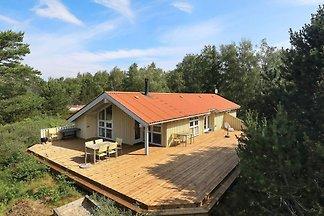 Gemütliches Ferienhaus in Læsø mit Sauna