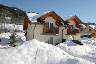 Gemütliches Ferienhaus in Arnoldstein nahe de...