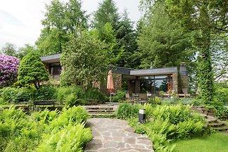 Geräumiges Cottage in Robertville mit...