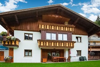 Schöne Ferienwohnung am Berghang in Silbertal...