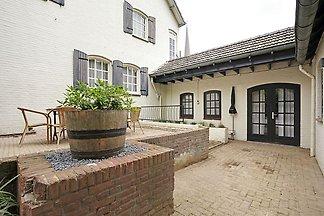 Modernes Ferienhaus in Grubbenvorst bei Maas
