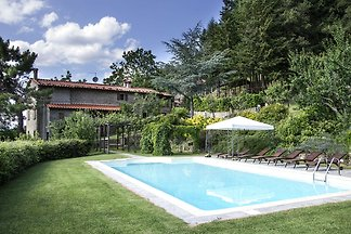 Nice villa with private pool, large garden, l...