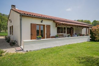 Elegant Holiday Home with Barbecue, Garden, G...
