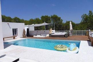 Wunderschöne Villa in Cala Tarida mit...