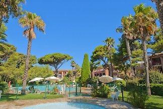 Mediterranean apartment on the gorgeous penin...